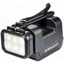 Pelican 9430 Remote Area Lighting System 6 XML HEAD GEN 3 BLACK